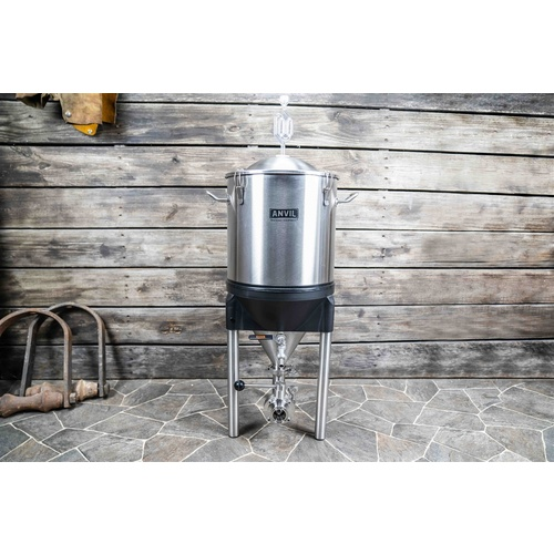Anvil Crucible™ Conical Fermentor - 7 gal.